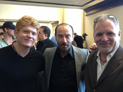 MapleStar Music & Media Client, Seth Alley; country legend Lee Greenwood; and Cameron Tilbury. Photo courtesy of Cameron Tilbury, with thanks.